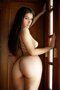 Valentina Nappi Slow Strip